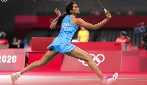 टोक्यो ओलंपिक : PV सिंधु की दूसरी बड़ी जीत, हांगकांग की चीयूंग को 2-0 से हराया, तीरंदाजी में तरुणदीप का सफर खत्म