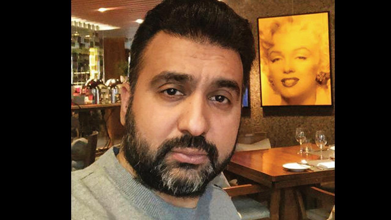 कोर्ट ने राज कुंद्रा को जमानत देने से किया इनकार, 51 आपत्तिजनक वीडियो पाए जाने का पुलिस ने किया दावा