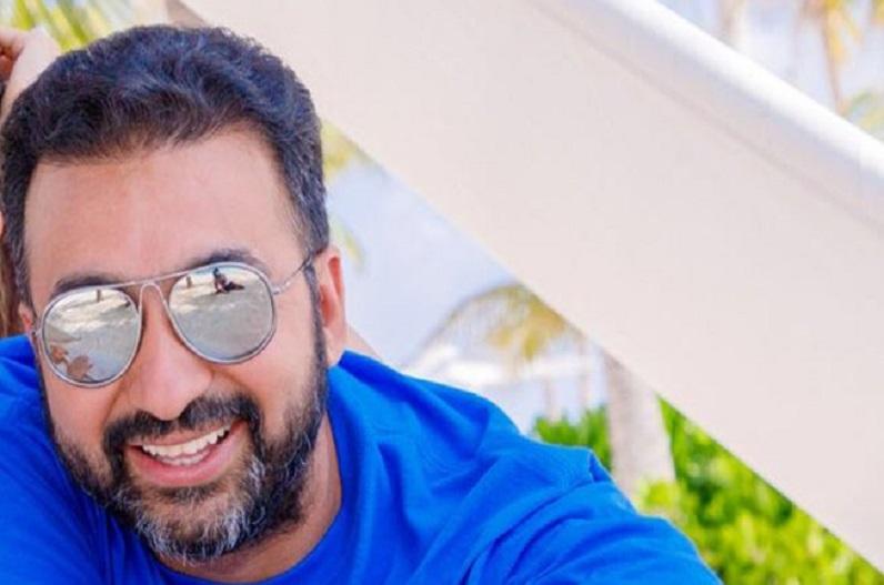 'पोर्न शूट करने के लिए किया गया मजबूर' मॉडल के आरोप के बाद राज कुंद्रा की कंपनी के 3 प्रोड्यूसर्स और गहना वशिष्ठ पर केस दर्ज