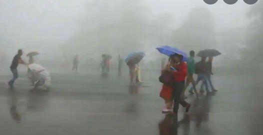 Heavy rain alert Mp : पूरे प्रदेश में हो रही जमकर बारिश, इन संभागों में जारी किया गया रेड अलर्ट