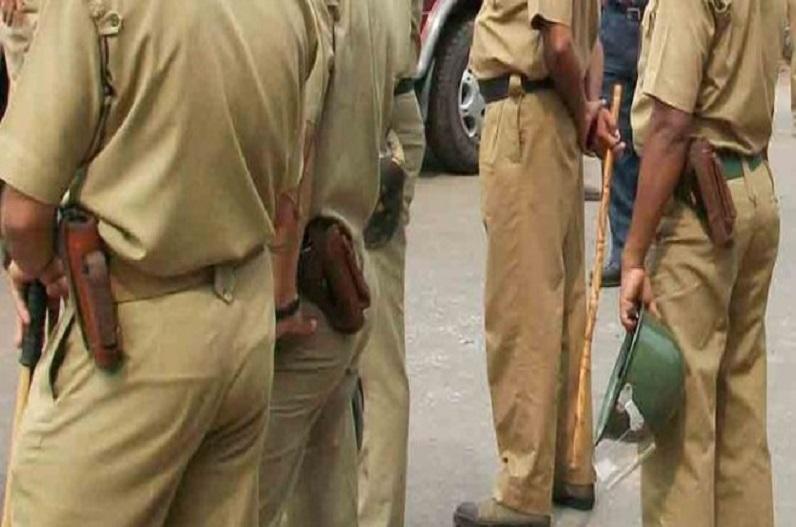 नकली IPS अफसर बन पुलिसकर्मियों पर झाड़ रहे थे रौब.. थाने में गुजरी 1 रात ने निकाल दी सब अकड़