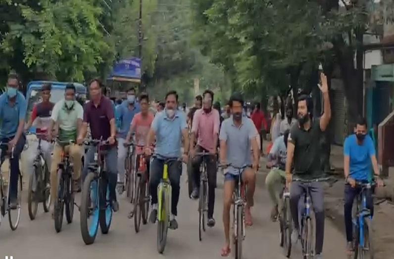 रायपुर में मनाया गया 68वां 'नो व्हीकल डे', निकाली गई साइकिल रैली, शहर को प्रदूषण मुक्त बनाने का लिया संकल्प