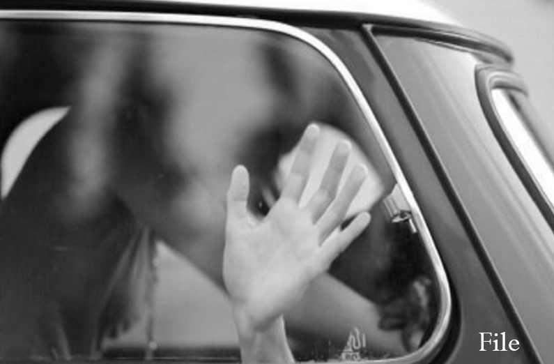 ड्यूटी के दौरान पुलिस वाहन में ही सेक्स करने लगे पुरुष और महिला पुलिसकर्मी, स्पेशल डिवाइस में रिकॉर्ड हुई करतूत