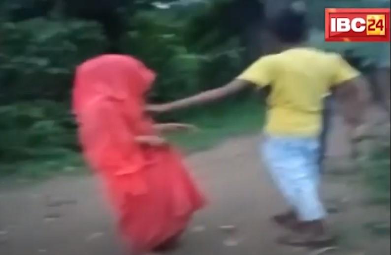 महिला को पति और ससुराल वालों ने बेरहमी से पीटा, शक था कि किसी और से चल रहा अफेयर, वीडियो वायरल