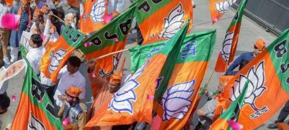 दुर्ग जिले में भी गहराया धर्मांतरण का मुद्दा, बीजेपी ने 2 लोगो के खिलाफ FIR दर्ज कराने की मांग की