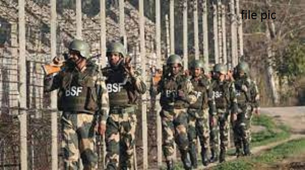 BSF GD Constable Recruitment 2021: सीमा सुरक्षा बल (BSF) में बंपर भर्ती, 69000 मिलेगी सैलरी, 10वीं पास भी कर सकते हैं आवेदन