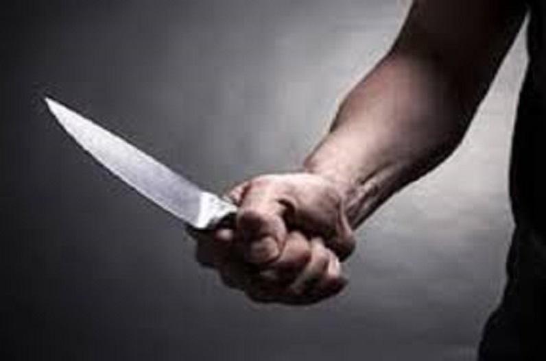 चाकू की नोंक पर रंगदारी, गैंग का सरगना गिरफ्तार, घर बनाने लोगों से वसूली कर रहा था आरोपी