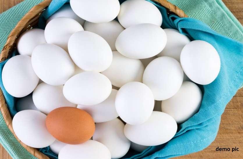 यहां यूरिन में उबालकर खाए जाते हैं अंडे, ये गजब के फायदे जान रह जाएंगे हैरान