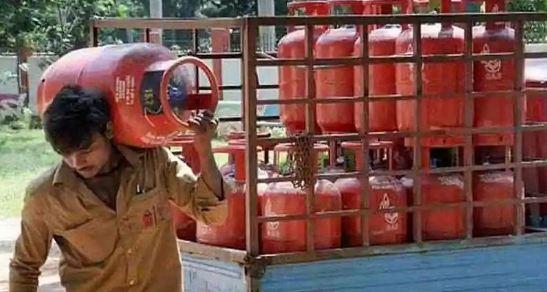 LPG Subsidy : रसोई गैस की सब्सिडी को लेकर सरकार का ये है नया प्लान? अब किसे मिलेंगे पैसे…जानिए