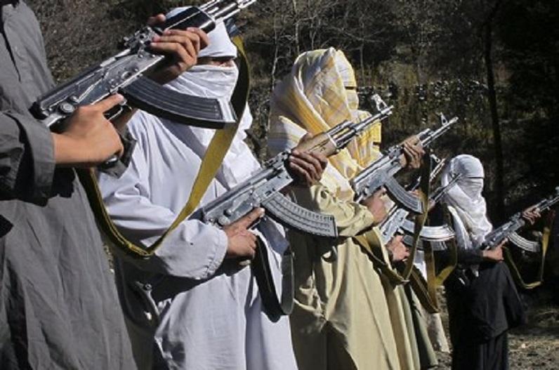 पाकिस्तान 12 विदेशी आतंकी संगठनों का पनाहगाह, सीआरएस रिपोर्ट में दावा