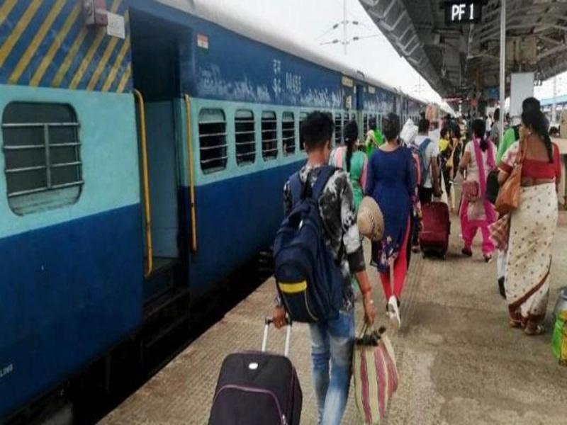 मुंबई, यूपी और हैदराबाद जाने वाले यात्री कृपया ध्यान दें…रेलवे ने 14 ट्रेन को किया निरस्त