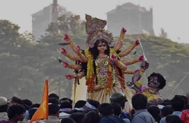 दुर्गा विसर्जन में नहीं निकलेंगे चल समारोह, पंडालों से सीधे घाट जाएंगी प्रतिमाएं, देखिए नई गाइडलाइन